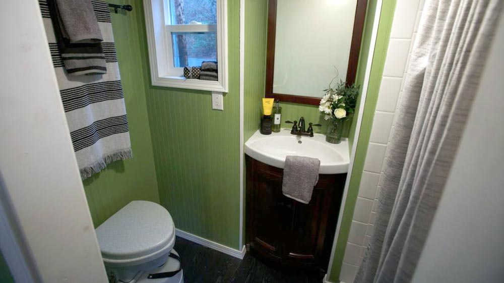Bathroom - Everett by American Tiny House