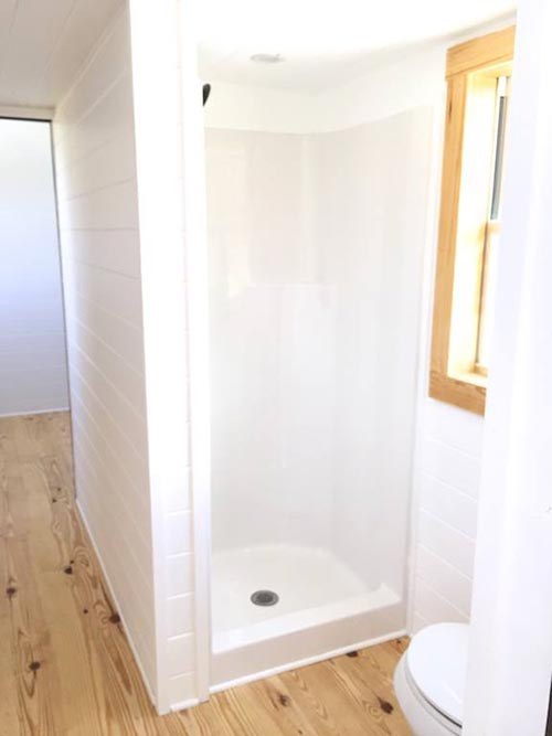Shower Stall - Irving by Tiny House Construction