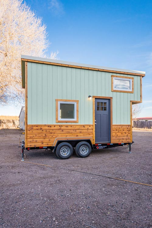 Exterior - Jessica's Tiny House by MitchCraft Tiny Homes