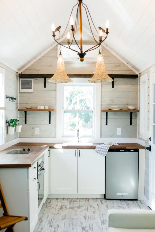 Superb Kitchen W/ Stainless Steel Appliances   Tiny Marta By Sanctuary Tiny Homes