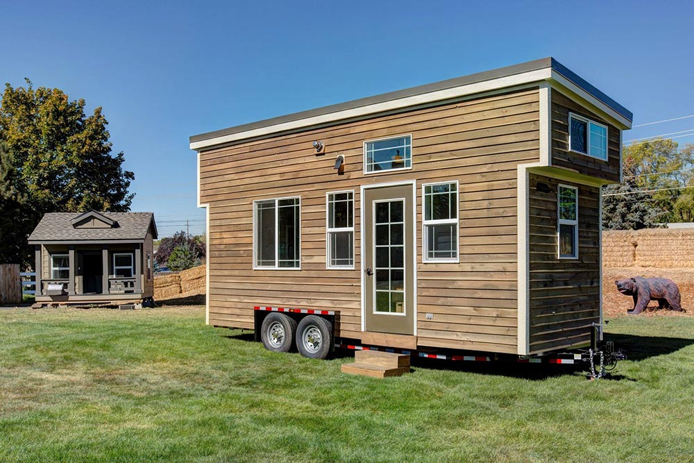 Huckleberry By Mouse House Tiny Homes Tiny Living