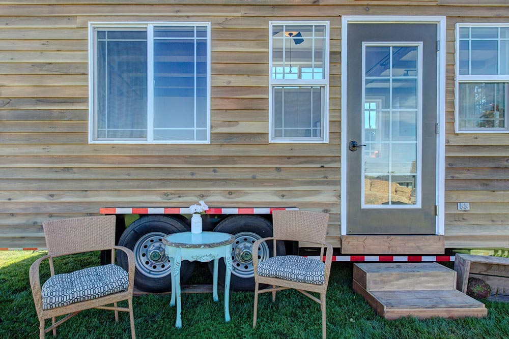 Cedar Siding - Mouse House Tiny Homes