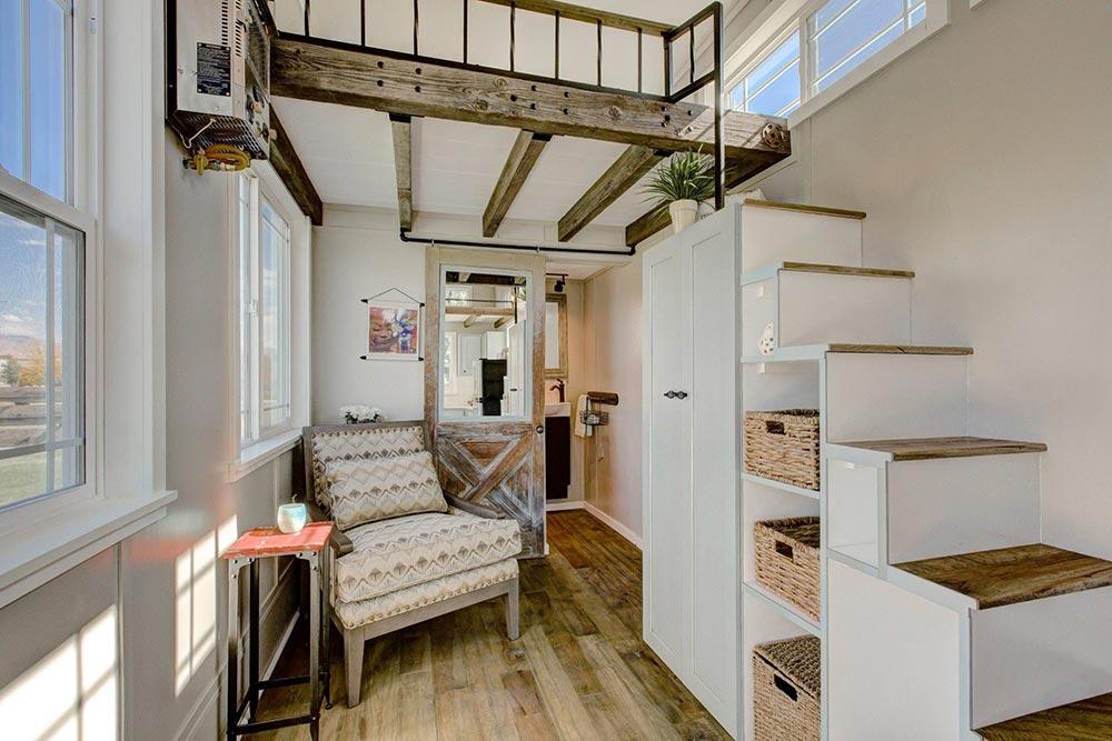 Hickory Hardwood Flooring - Mouse House Tiny Homes