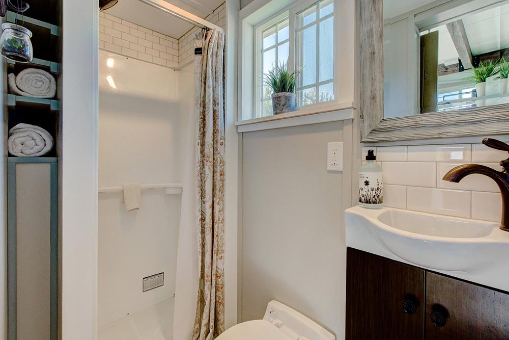 Tiny House Bathroom - Mouse House Tiny Homes