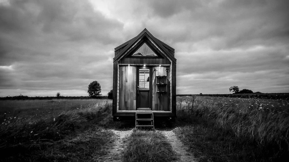 Tiny House with Porch - Odyssee by Baluchon