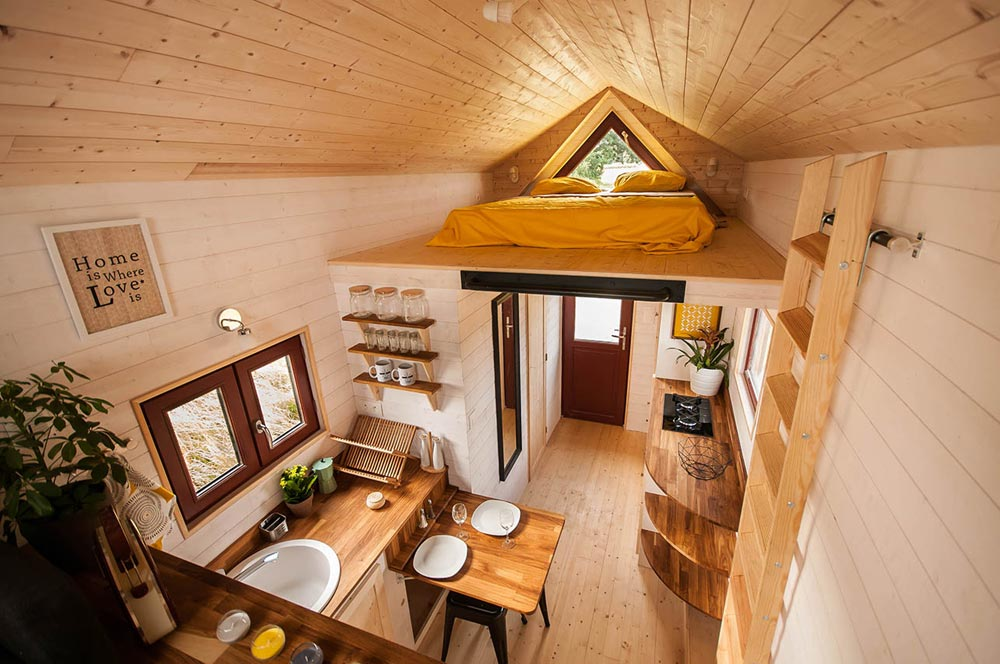 Tiny House Interior - Odyssee by Baluchon