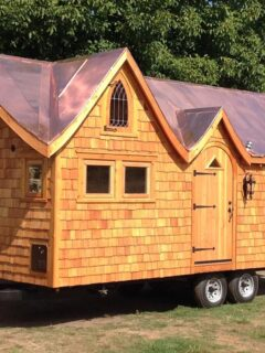 Copper Roof Tiny House - Pinafore by Zyl Vardos