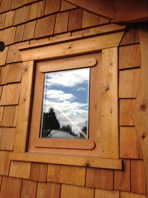 Handmade Windows - Pinafore by Zyl Vardos