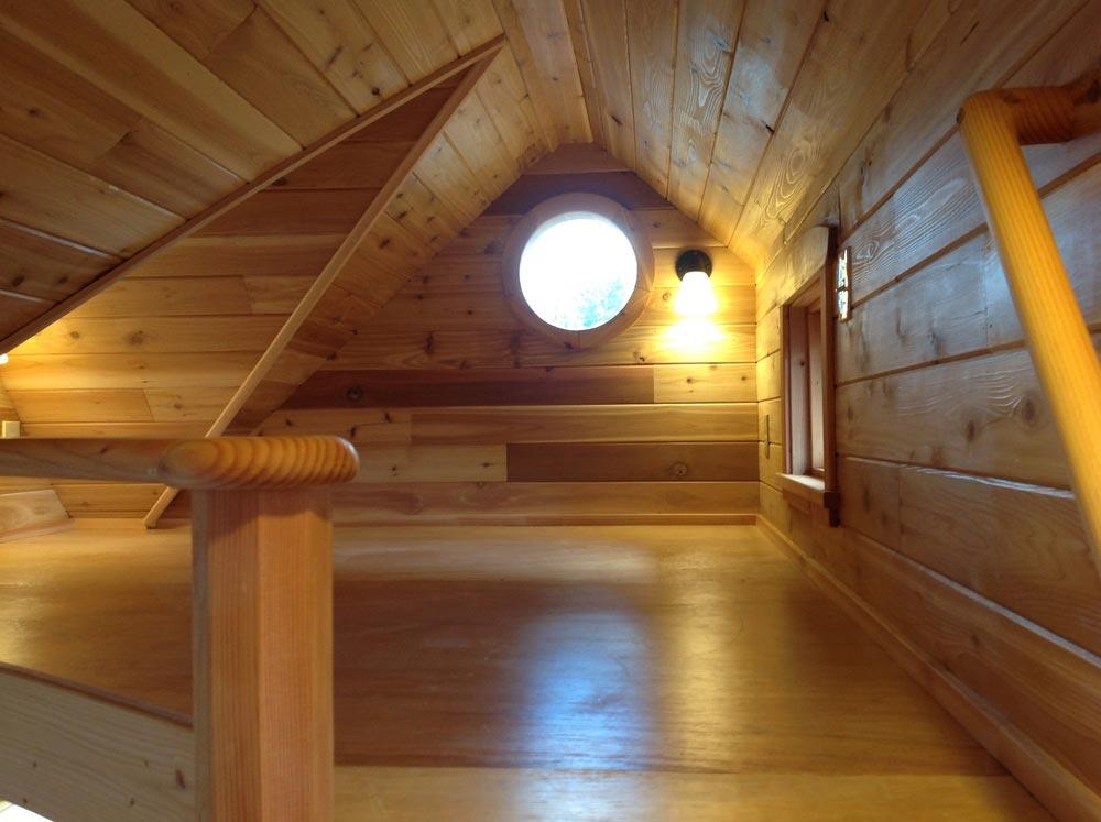 Bedroom Loft - Pinafore by Zyl Vardos