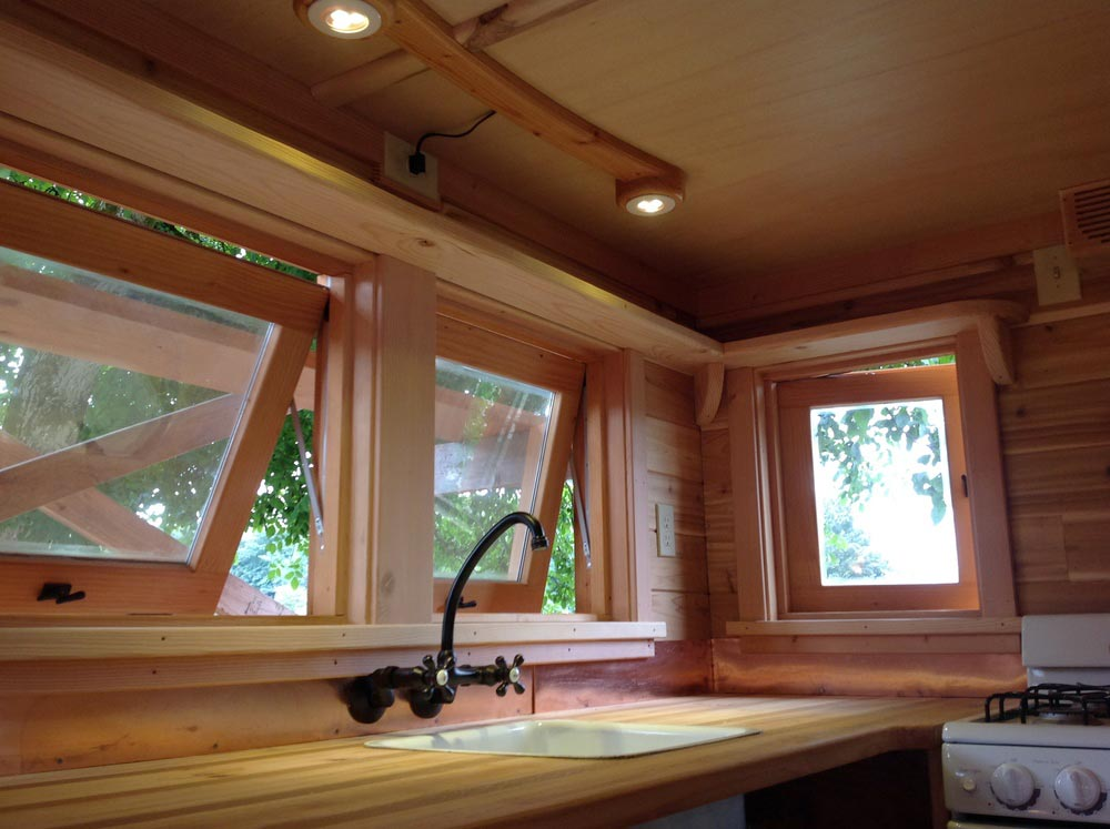 Kitchen Windows - Pinafore by Zyl Vardos
