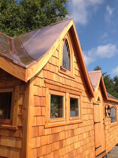 Two Dormer Roofline - Pinafore by Zyl Vardos