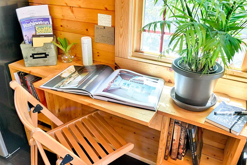 Additional Desk - Tiny Tack House