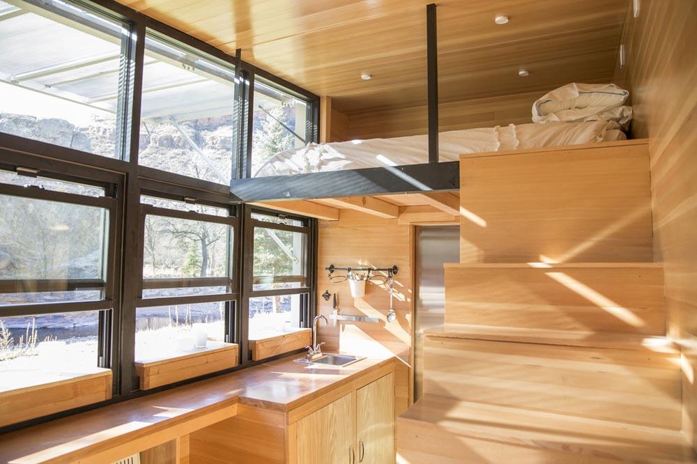 Large Windows - Atlas Tiny House
