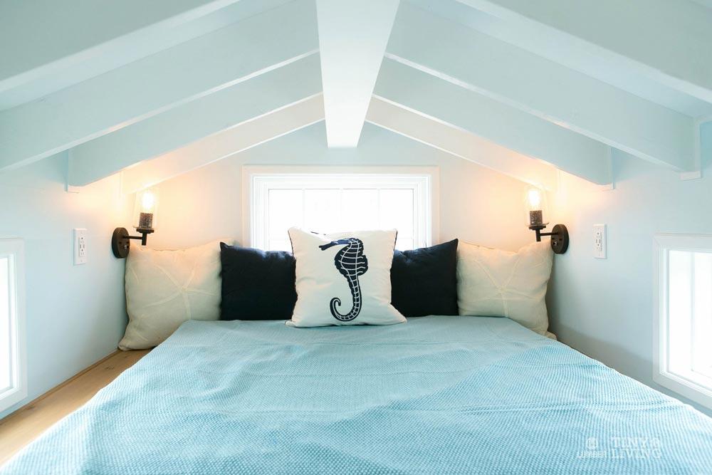 Bedroom Loft - Blue Shonsie by 84 Lumber