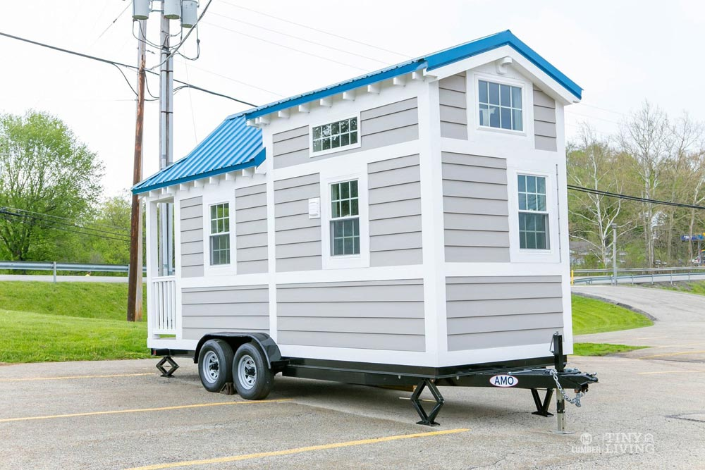 17' Tiny House - Blue Shonsie by 84 Lumber