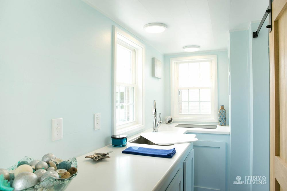 Kitchen Counter - Blue Shonsie by 84 Lumber