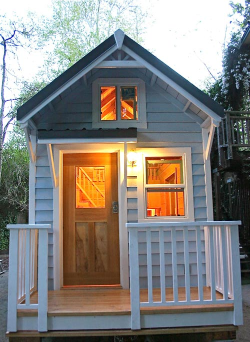 Front Porch - Cape Cod by Molecule Tiny Homes