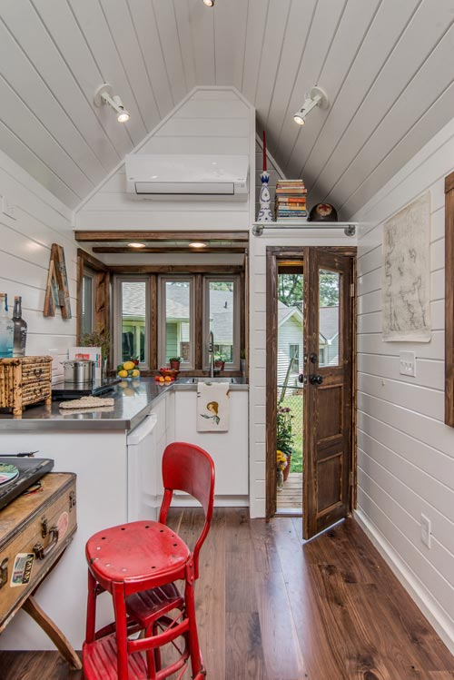 Entryway - Cedar Mountain by New Frontier Tiny Homes
