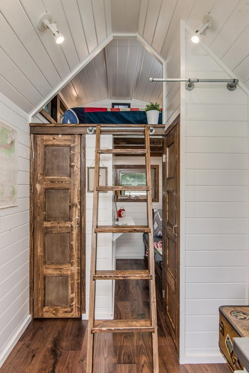Loft Ladder - Cedar Mountain by New Frontier Tiny Homes
