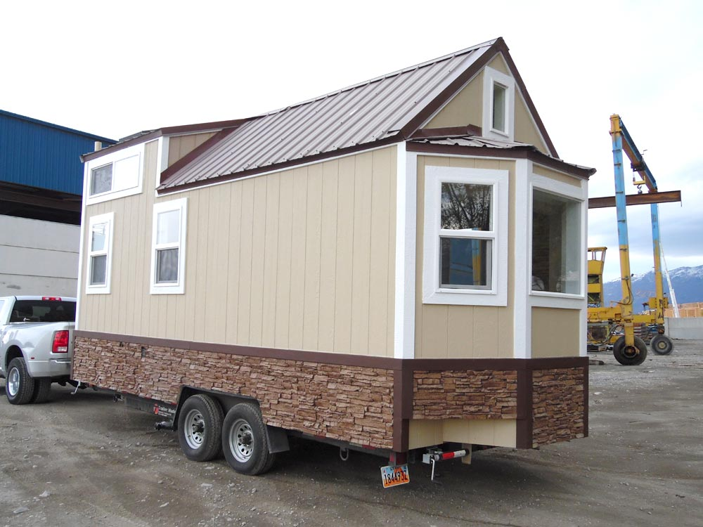 20' Tiny House - Crosswinds by Upper Valley Tiny Homes