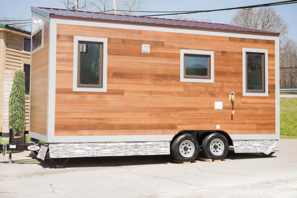 160 sq.ft. Tiny House - Degsy by 84 Lumber