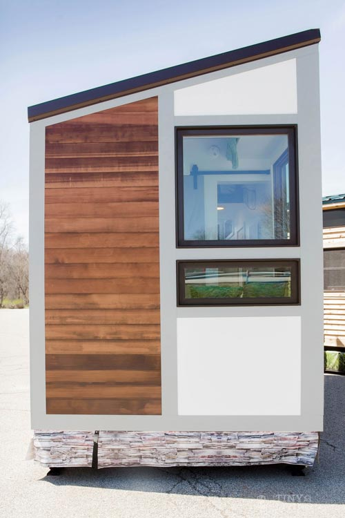 Modern Tiny House - Degsy by 84 Lumber