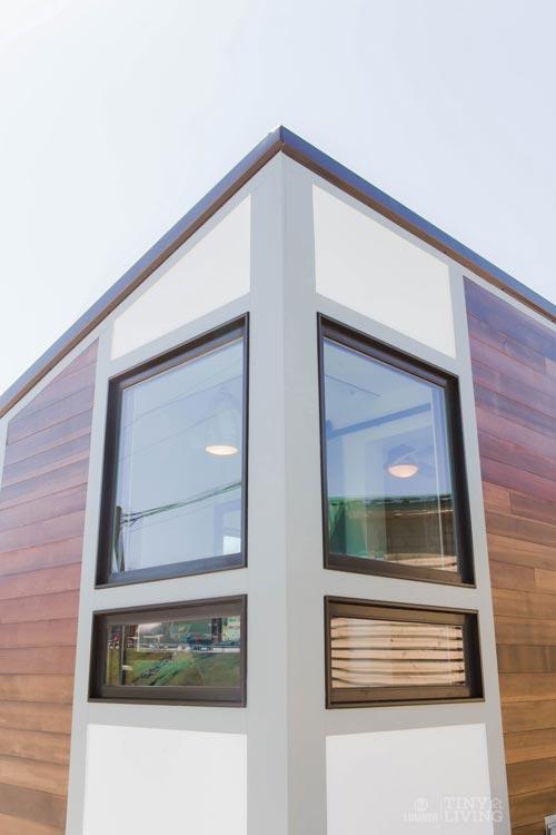 Window Detail - Degsy by 84 Lumber
