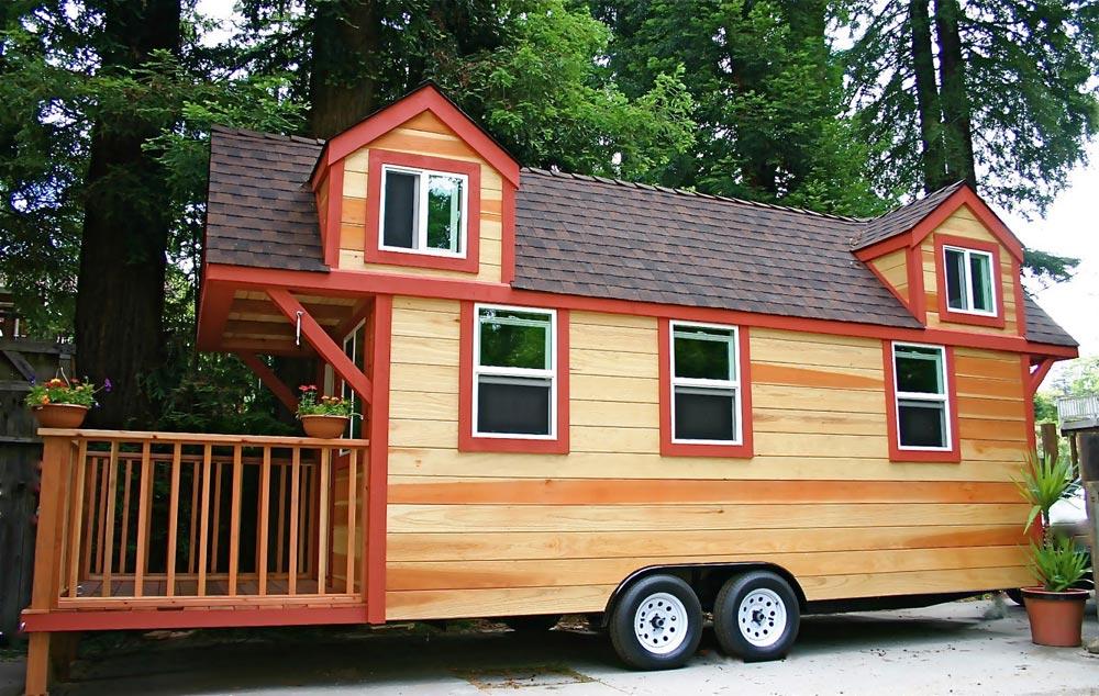 Dormer Loft Cottage by Molecule Tiny Homes