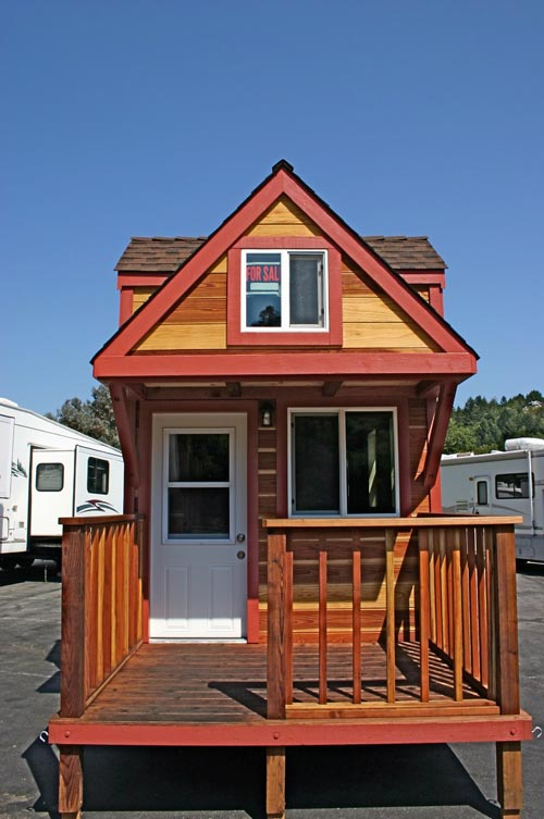 Entryway - Dormer Loft Cottage by Molecule Tiny Homes