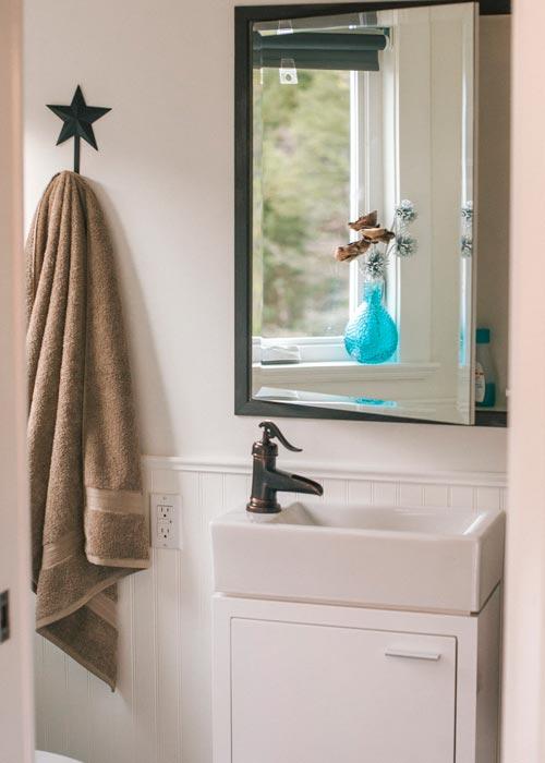 Bathroom Vanity - Esket Tiny House