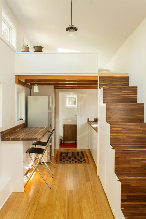 Tiny House Interior - Hikari Box by Shelter Wise