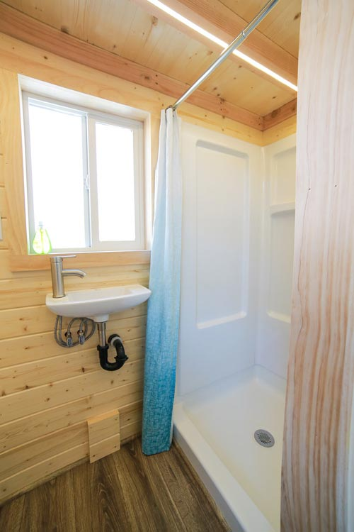 Shower & Sink - Mansion Jr by Uncharted Tiny Homes