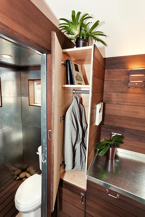 Bathroom Closet - Miter Box by Shelter Wise