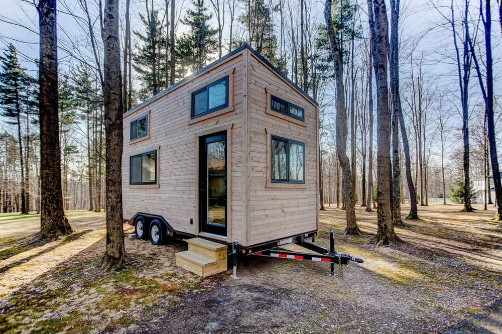 20' Tiny House - Mohican by Modern Tiny Living