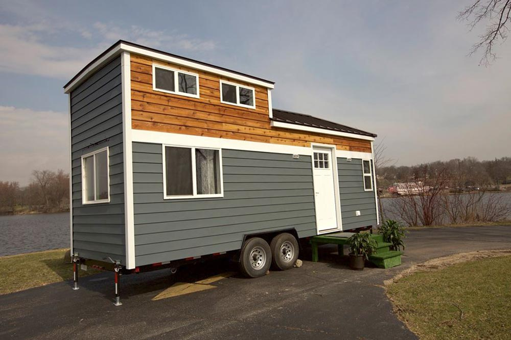 250 sq.ft. Tiny House - Notarosa by Titan Tiny Homes