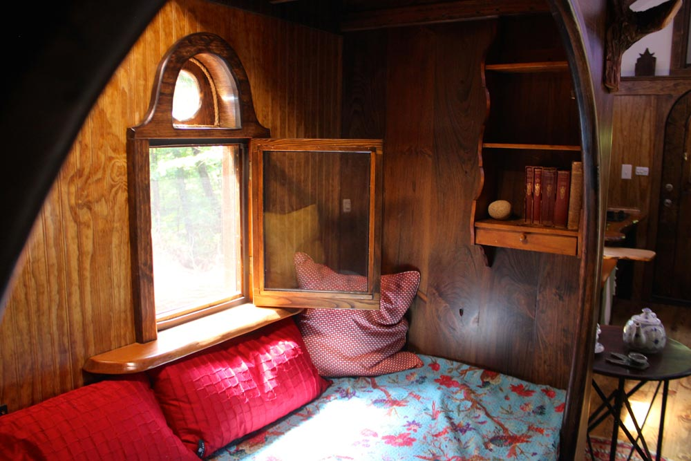 Custom Sleeping Nook - Old Time Caravan by The Unknown Craftsmen