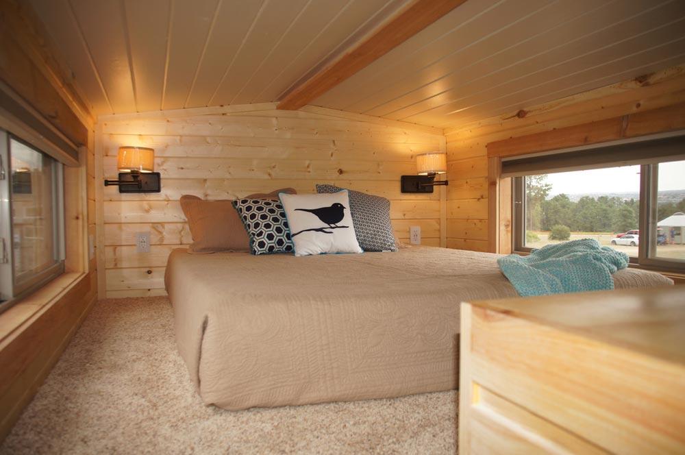 Bedroom Loft - Prairie Schooner by Wander Homes