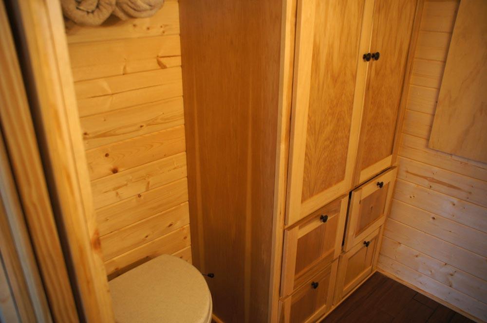 Bathroom Storage - Prairie Schooner by Wander Homes