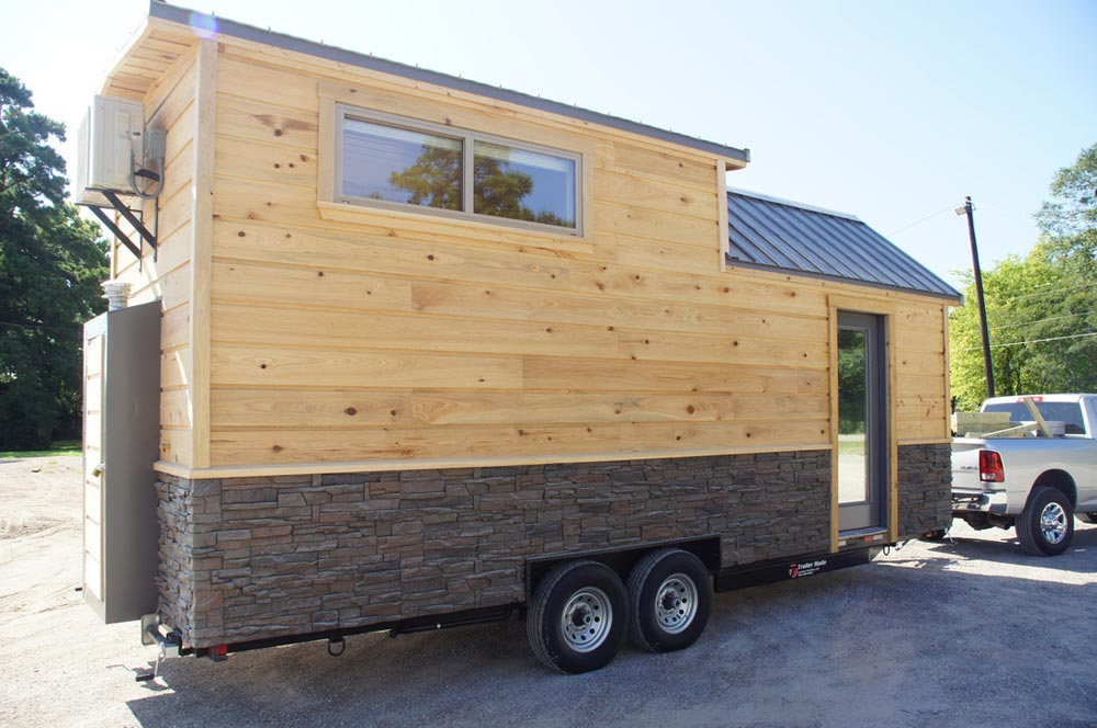 24' Tiny House - Prairie Schooner by Wander Homes