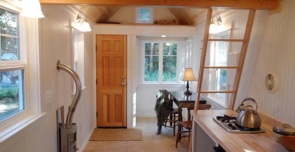 Living Area - Siskiyou by Oregon Cottage Company