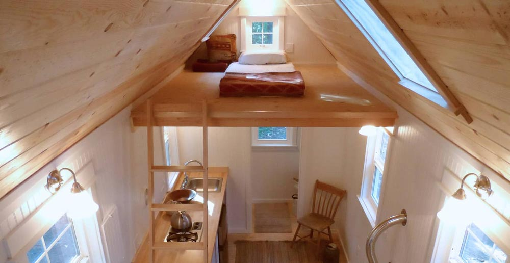 Bedroom Loft - Siskiyou by Oregon Cottage Company