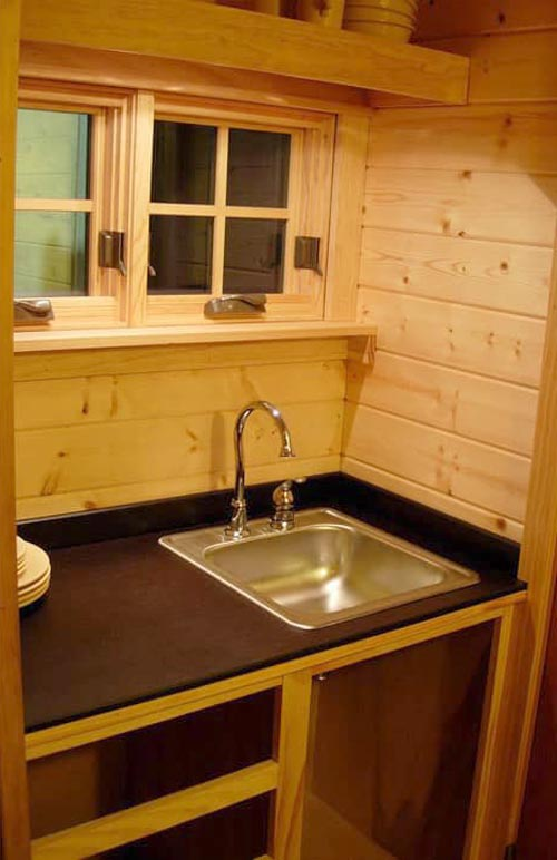 Kitchen Sink - Siskiyou by Oregon Cottage Company