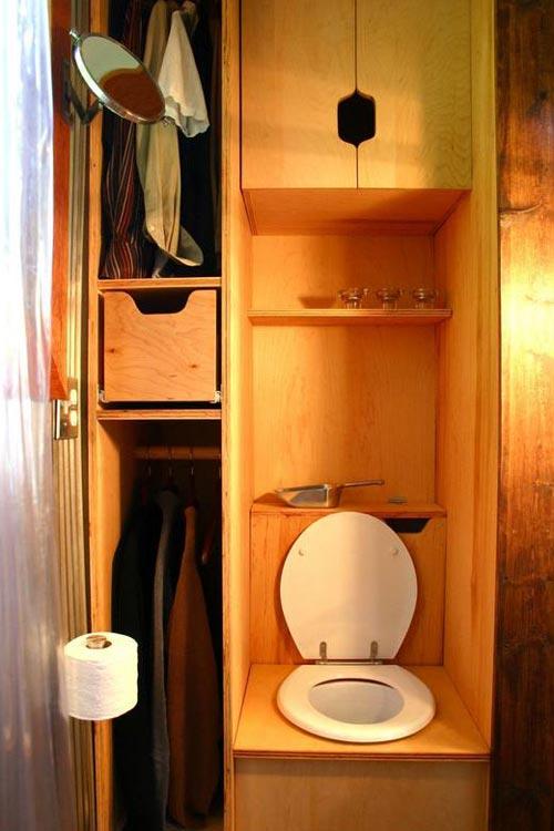 Bathroom - Tall Man's Tiny House