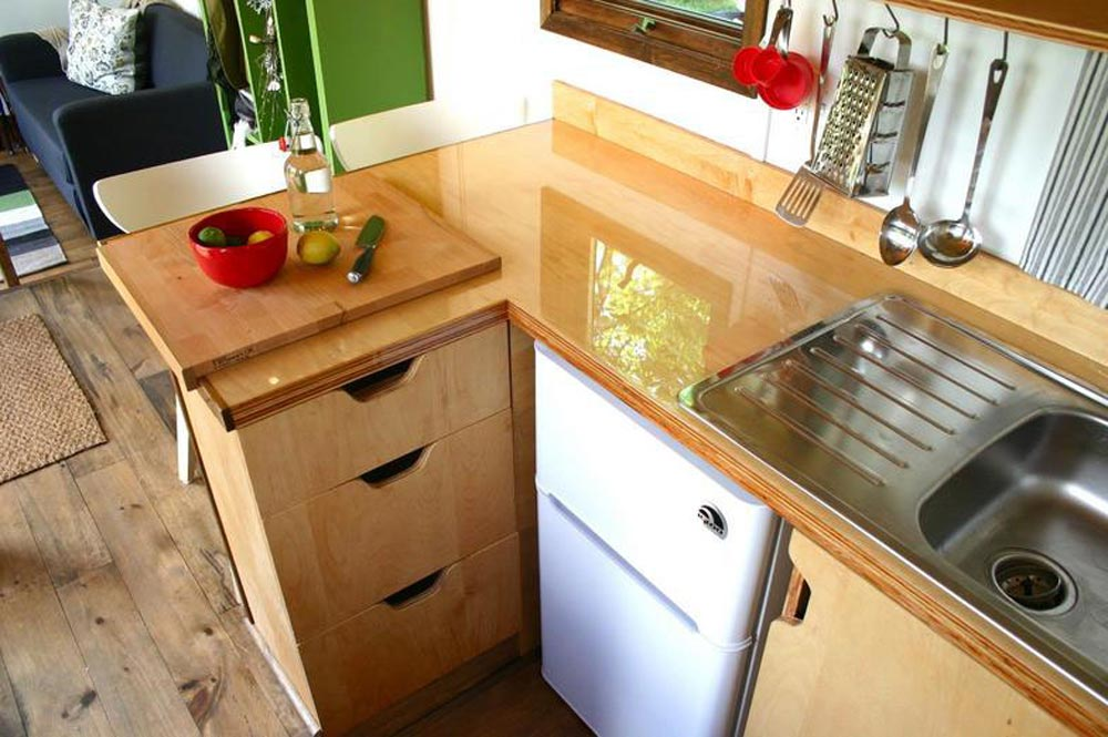 L-Shaped Kitchen - Tall Man's Tiny House