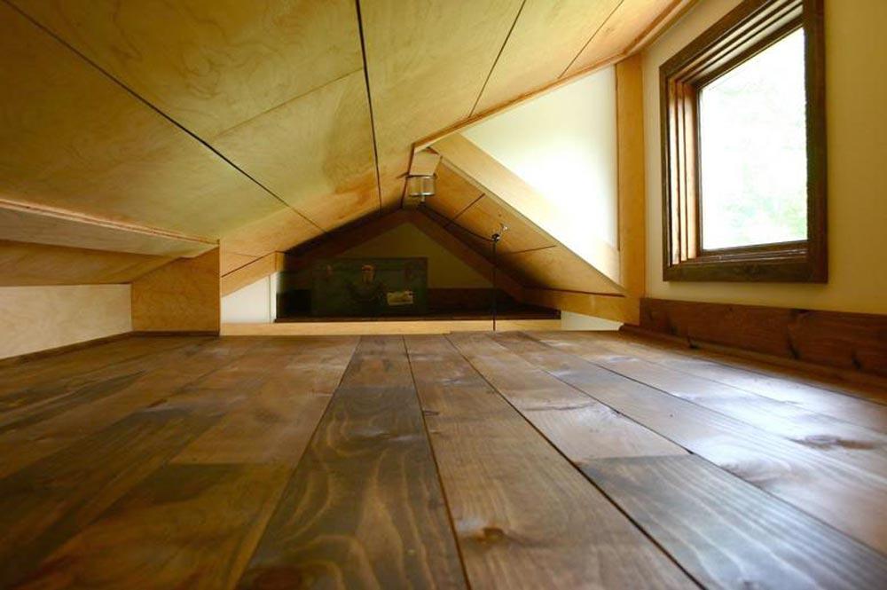 Bedroom Loft - Tall Man's Tiny House