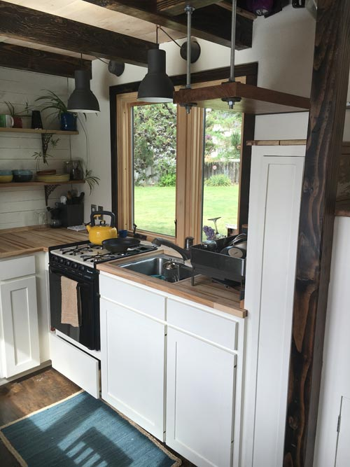 Kitchen Cabinets & Range - Tanlers Tiny House