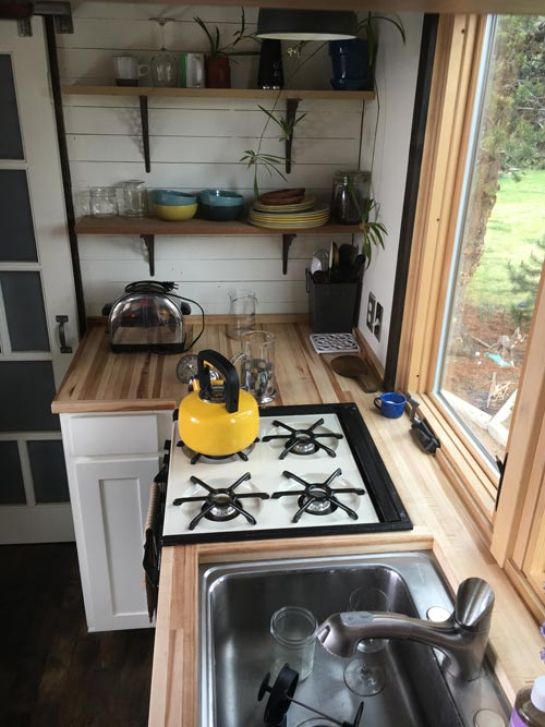 Butcher Block Counter - Tanlers Tiny House