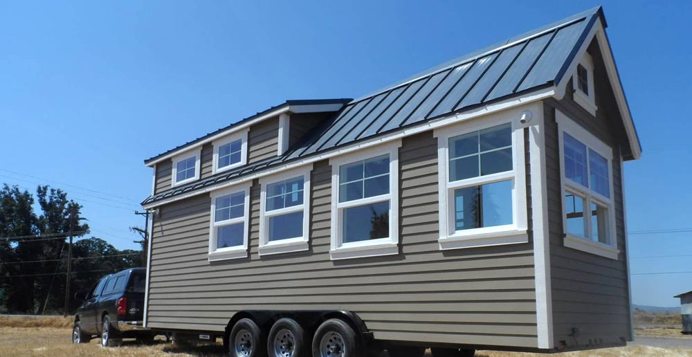 24' Tiny House - Unita by Oregon Cottage Company