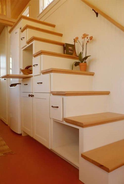 Tansu Stairs - Unita by Oregon Cottage Company