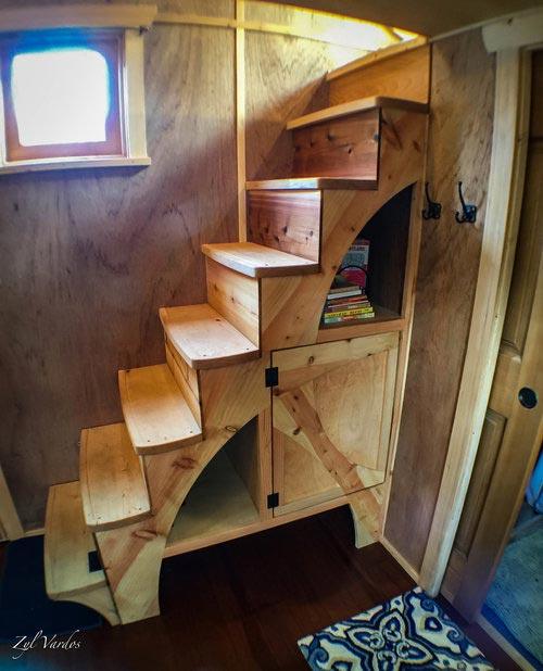 Storage Stairs - Zenia by Zyl Vardos